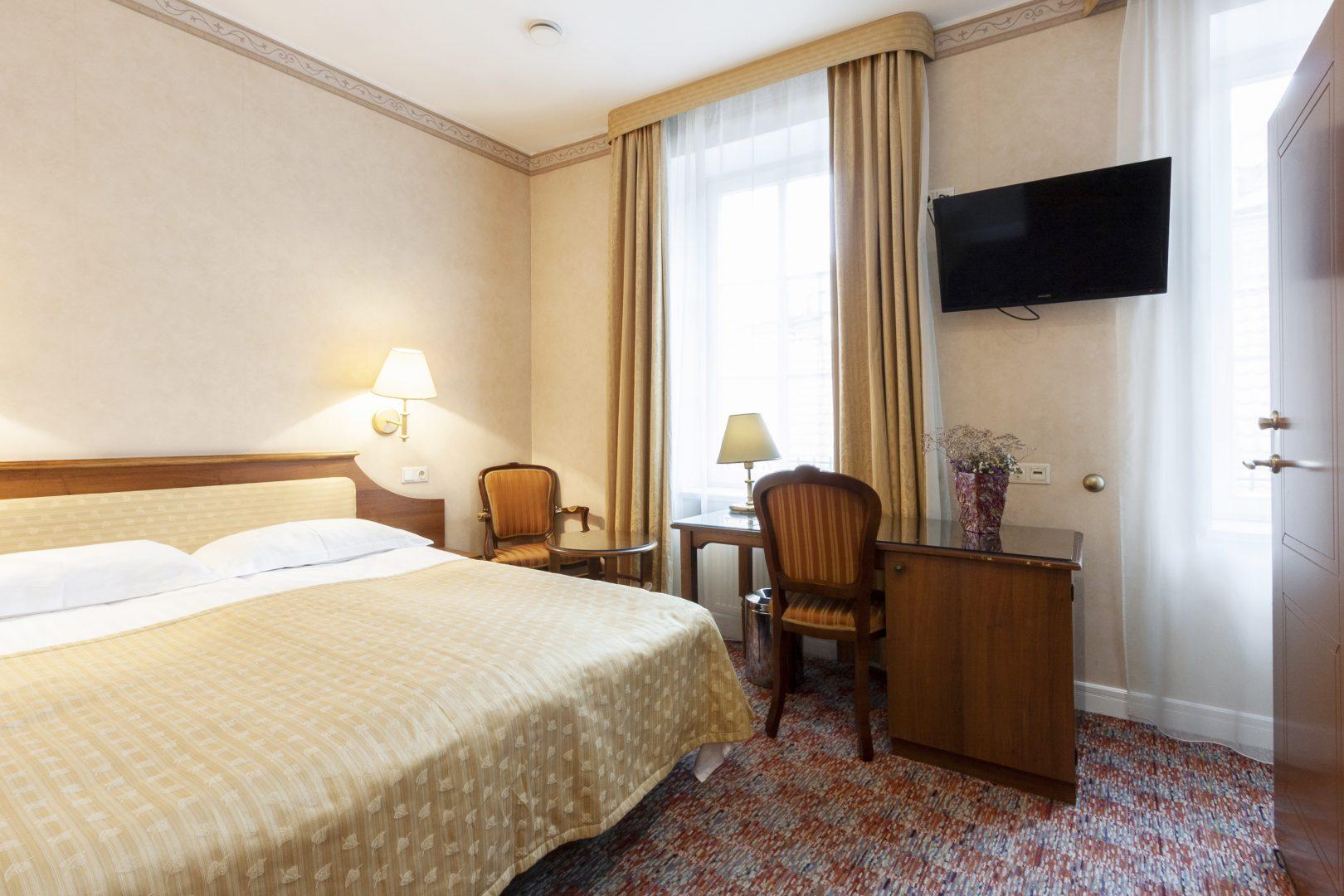 Standartinis kambarys su dvigule lova